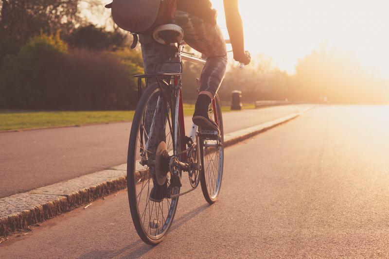 Aamulenkki pyörällä, Morning ride by bike